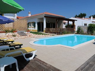 4 bedroom Villa in Praia da Arrifana, Faro, Portugal - 5434756