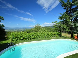 Ponzalla Holiday Home Sleeps 11 with Pool and Air Con - 5697111