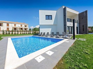 4 bedroom Villa in Labinci, Istria, Croatia : ref 5644356
