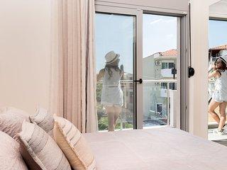 Lena Apartments Potos - Studio Apartment