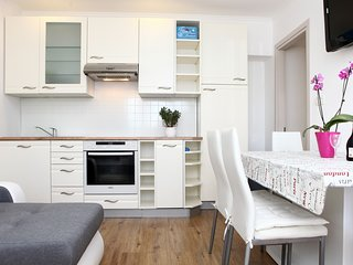 Stylish One Bedroom Apartment MK1