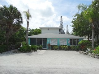 Paradise On Palmetto- 105 Palmetto Ave, Anna Maria