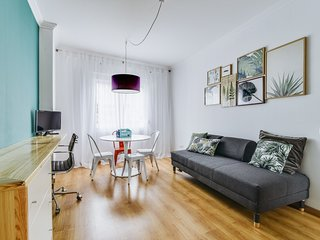 Cool and airy apartment in Ajuda