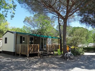 Chalets Lei Suves, Roquebrune sur Argens ( Provence- Cote d'azur)