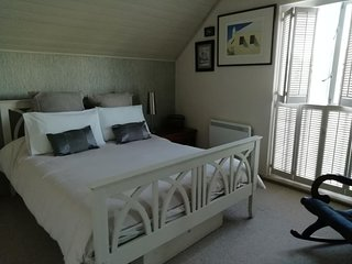 Lakeside Cotswold Lodge Sleeps 6