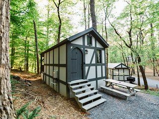Tiny Home Cottage Near the Smokies #5 Fleur