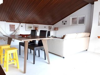 Aveiro Loft uo to 5 px 5 minutes walking from the Aveiro Ria canals