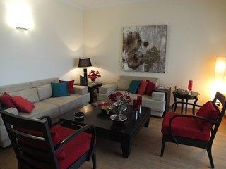 Yahvi-Luxury Duplex Apartment near Medanta/NH8