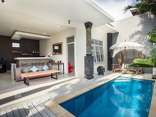 Villa KEMBALI in Seminyak, Bali