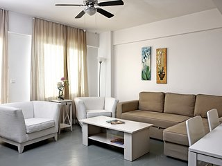 Spacious apartment in Istanbul with Lift, Internet, Washing machine, Air conditi