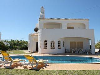 Villa in Albufeira with Pool, Parking, Washing machine (68041)