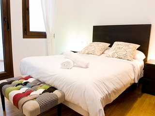 Apartment in the center of Granada with Internet, Air conditioning, Balcony, Was