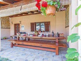 Holiday house in village Orihi
