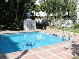 House in Marbella with Internet, Pool, Air conditioning, Parking (919177)