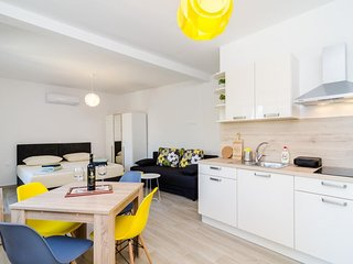 Cosy studio in Dubrovnik with Internet, Air conditioning