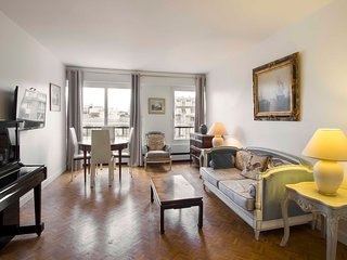 Apartment in Paris with Internet, Lift, Washing machine (918570)