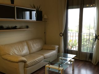 Comfy apartment 55sq.m with all windows seaview, including parking