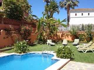 Spacious villa in Marbella with Parking, Internet, Washing machine, Air conditio