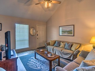 NEW! Chic St. Simons Island Condo-2 Mi. From Ocean