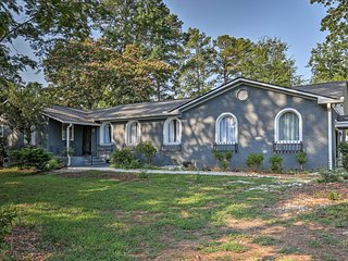 NEW! Columbia Home near Lake Murray - mins to USC!