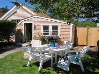 51 Eliphamets Lane (The Artist Cottage) Chatham Cape Cod