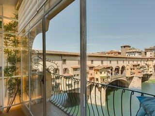 Ponte Vecchio Balcony