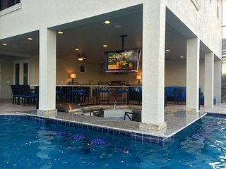 Formosa Gardens 36 - 5* villa with pool, game room and theater room near Disney