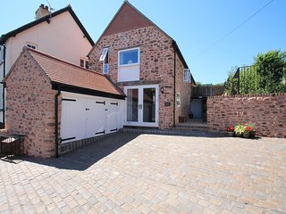 Stone Barn, Minehead - Luxury barn conversion for up to 6 guests with hot tub