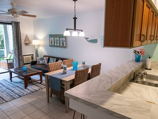 Wailea Beach House--Golf, Tennis, Beach--Short walk, Shopping and Dinning