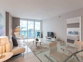 Luxurious Highrise apartment with premium designs and amazing River and City vie