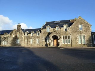 The Pipers No7 Lomond Castle -Sleeps 2-4