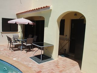Sunny 4 bedrooms villa with pool in Carvoeiro