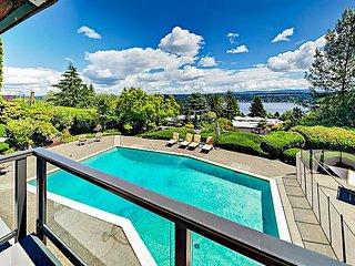 Gorgeous Views of Lake Washington & Mt Rainier! Expansive 6BR w/ Heated Pool