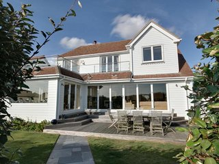 Rox - Beautiful West Wittering seafront holiday home
