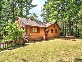Hiller Vacation Homes - Lovely Otter Lake Cabin - Eagle River Chain of Lakes