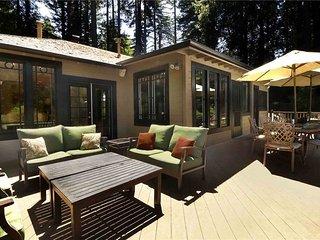 COMO ESTATE: Riverfront | Fireplace | Hot Tub