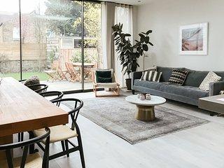 Classic Herbert Four Bedroom ( Kensal Green )