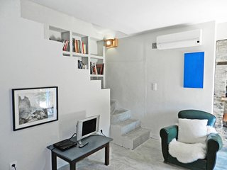 Pastina Holiday Home Sleeps 6 with Air Con and Free WiFi - 5380479