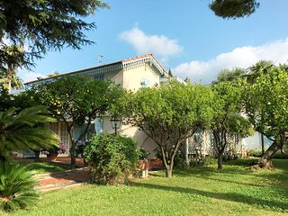 4 bedroom Villa in San Giovanni Battista, Liguria, Italy : ref 5644628