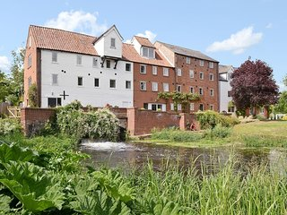 Beautiful Ground Floor Apartment in a Watermill with own Garden