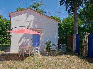 Studio Olivia indépendant avec jardin / Piscinette