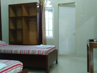 Ulka Guest House - Bedroom 2