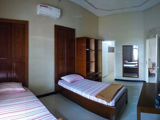 Ulka Guest House - Bedroom 4