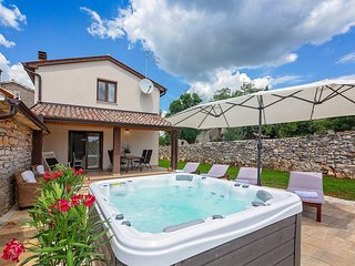 2 bedroom Villa in Heraki, Istria, Croatia : ref 5644612