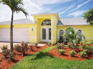 Villa Paradise Palm, Cape Coral