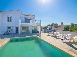 Villa Cabo Salou en Teulada-Moraira,Alicante para 13 huespedes