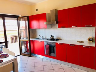 Charming 2 bed, 2 bath apartment Vibo Marina