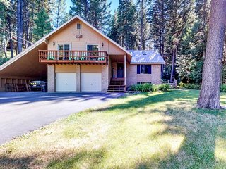 NEW LISTING! Beautiful McCall home w/ private hot tub, access to lake & Brundage