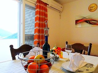 Lastovo Apartment Sleeps 6 with Air Con and WiFi - 5471252