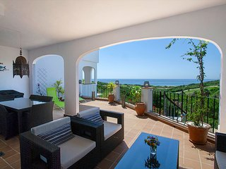 Golf & Beach 3 bedroom / 3 dormitorios Portofino